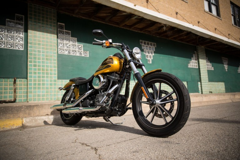 2016 Street Bob Special - New Model Photography